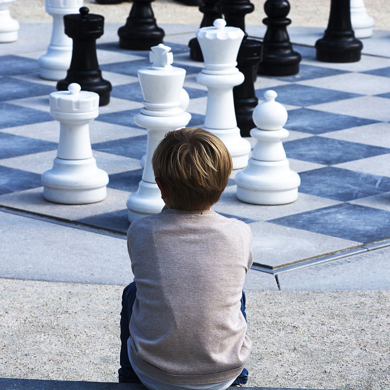 Leadership Influence Switch - Plan your moves Strategy + Tactics